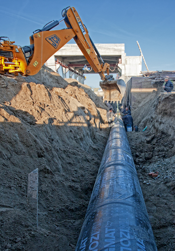 Pipeline laying